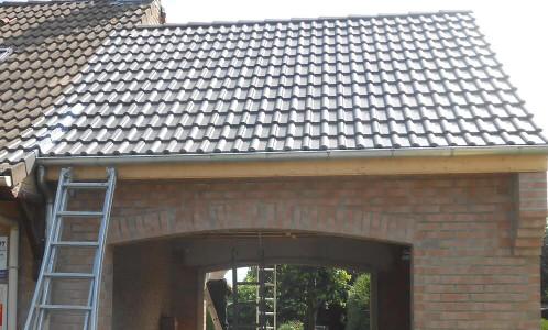 Création d'un garage murs, charpente et toituire